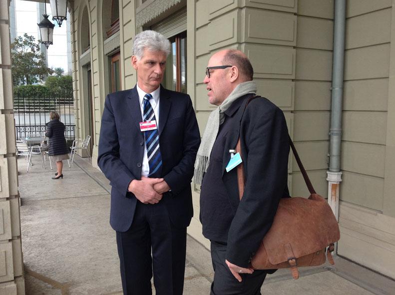Ulrich Hase im Gespräch mit Rolf Schmachtenberg