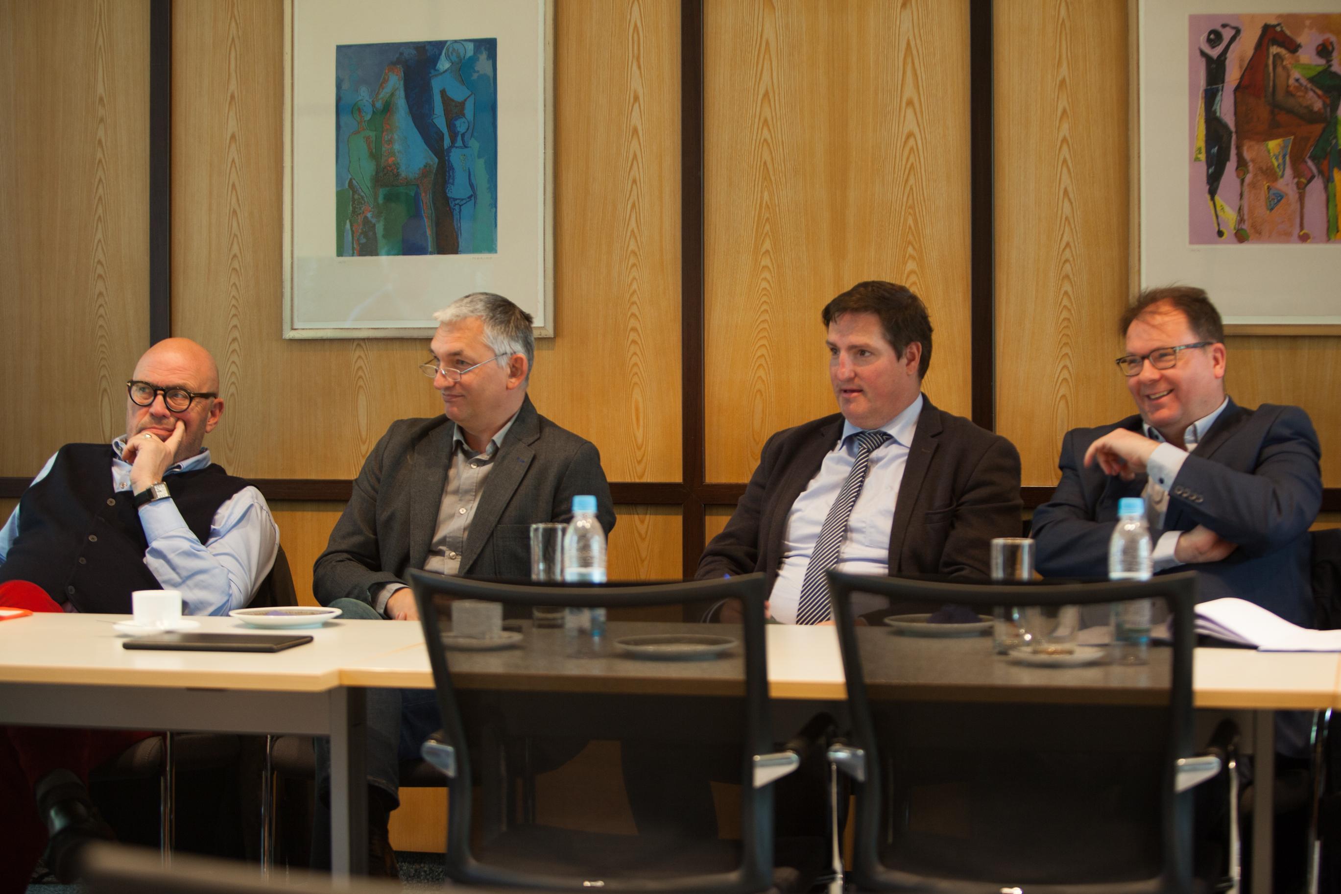 (von rechts nach links) Helmut Vogel, Daniel Büter, Bernd Schneider und Ulrich H