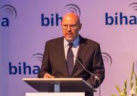 Ulrich Hase während seiner Rede